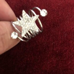 Jewelry - SALE🍁Stylish Silver Bohemian Ring.
